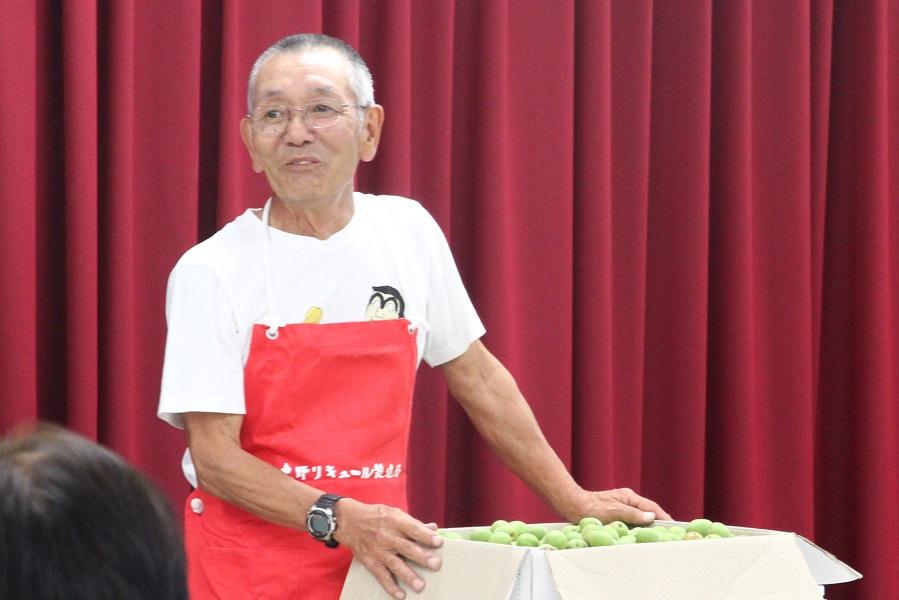 東野リキュールさん