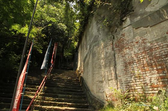 徳島市/眉山/滝の焼き餅・和田乃屋(和田の屋)/大滝山